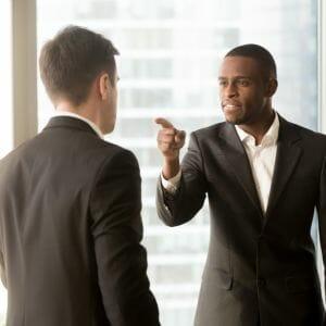 Lees meer over het artikel Hoe ga je om met heftige kritiek op je werk?