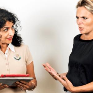 Lees meer over het artikel Hoe je een verbale aanval trotseert en niet dichtklapt in een gesprek
